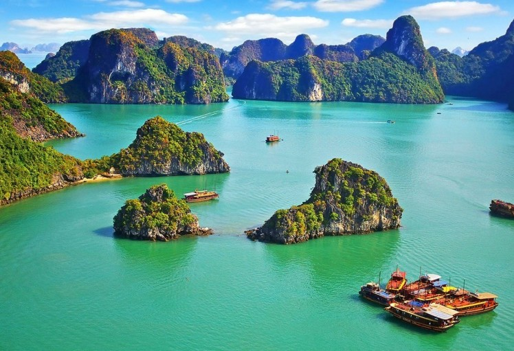 halong-vietnam