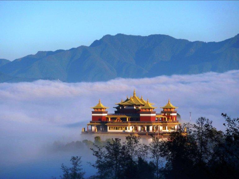 nepal-temple-wide-wallpaper
